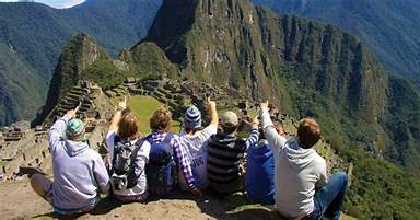Reasons why you should take a small group trip for your next tour